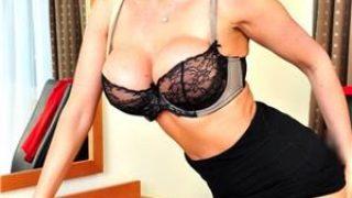 escorte buc: Blonda reala- 26.ani …ador amorul pervers ..