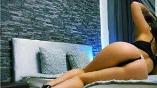 escorte buc: Bruneta dornica